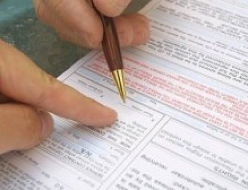 Clauzele abuzive din contractele închiate între profesioniști și consumatori